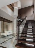 Het binnenland van de luxezaal met trap Royalty-vrije Stock Afbeeldingen