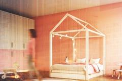Het binnenland van de meisjess slaapkamer, hoek, vrouw Stock Afbeeldingen