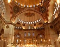Het Binnenland van de Moskee van Sulemaniye stock fotografie