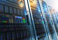 Het binnenland van de serverruimte in datacenter royalty-vrije illustratie