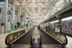 Het binnenland van de Suvarnabhumiluchthaven royalty-vrije stock fotografie