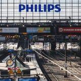 Het binnenland van Hamburg Hauptbahnhof wijd royalty-vrije stock afbeeldingen