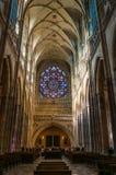 Het binnenland van heilige Vitus Cathedral stock afbeeldingen
