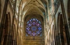 Het binnenland van heilige Vitus Cathedral stock foto