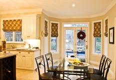 Het Binnenland van het huis: Keuken Stock Foto