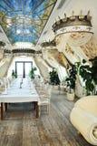 Het binnenland van het restaurant in barokke stijl Royalty-vrije Stock Fotografie