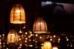 Het binnenland van het restaurant bij nacht Stock Foto