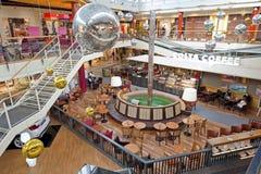 Het binnenland van het winkelcentrum Royalty-vrije Stock Afbeelding