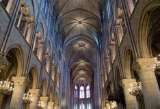 Het binnenland van Notredame de paris Stock Foto