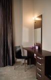 Het binnenlandse ontwerp van de elegante en luxeslaapkamer. Royalty-vrije Stock Foto