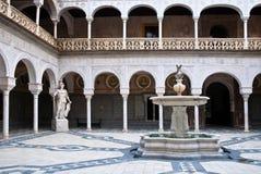 Het binnenlandse terras van Casa DE Pilat, Sevilla stock afbeeldingen