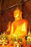 Het Birmaanse beeld van Boedha in Wat zingen-Khan Mon, Lampang Stock Afbeelding