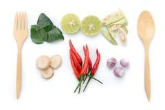 Het blad van de Kaffirkalk, citroen, hakte galangal citroengras, Spaanse peper,  Royalty-vrije Stock Afbeelding