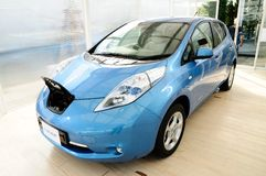 Het Blad van Nissan, elektronische machtsauto Stock Afbeelding