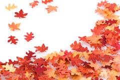 Het bladachtergrond van de herfst. Stock Afbeeldingen