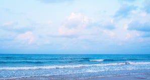 Het blauwe overzees royalty-vrije stock fotografie