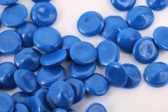 Het blauwe plastiek van de kleurenchemie Stock Foto's