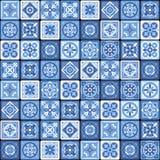Het blauwe Portugese Ceramische Bloemen Naadloze Patroon van de Mozaïektegel Vector Royalty-vrije Stock Afbeeldingen