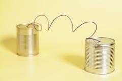 Het blikTelefoon van het tin Communicatie concept Royalty-vrije Stock Afbeeldingen
