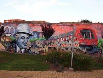Het bloeien de stedelijke graffiti en scène van de straatkunst in Lissabon, Portugal, 2014 royalty-vrije stock afbeelding
