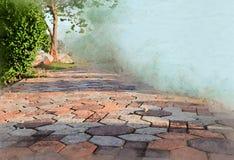 Het bloksteen van de waterverfgang in tuin kunst uitstekende stijl als achtergrond royalty-vrije stock fotografie