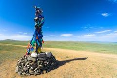 Het boeddhistische Gebed van Steenstupa markeert Landelijk Mongolië Stock Fotografie