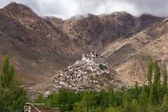 Het Boeddhistische klooster van Chemregompa in Ladakh, Jammu & Kashmir royalty-vrije stock foto's