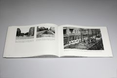 Het Boek van Berlin Wall 1961-1989, grenscontrolepunt in Heerstrasse stock fotografie