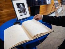 Het boek van condoleances voor Helmut Kohl bij het Europees Parlement Stock Fotografie