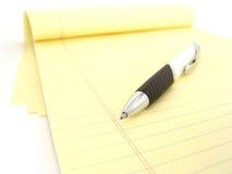 Het boek van de nota en pen Stock Afbeeldingen
