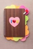 Het boek van harten met I houdt van u alfabetten voor de dag van Valentine stock afbeeldingen