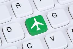 Het boeken vlucht en vakantie online het winkelen elektronische handel Internet Royalty-vrije Stock Afbeeldingen