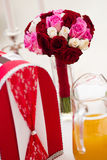 Het boeket van het huwelijk en kaartdoos Royalty-vrije Stock Foto's