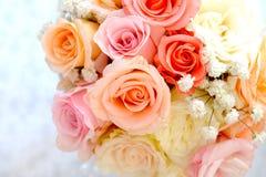 Het boeket van het huwelijk met rozen Royalty-vrije Stock Afbeelding
