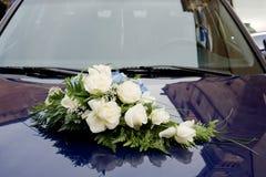 Het boeket van het huwelijk op bonnet Stock Fotografie