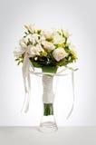 Het boeket van het huwelijk in vaas Royalty-vrije Stock Foto's