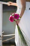 Het boeket van het huwelijk van de bruid stock fotografie