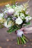 Het boeket van het huwelijk van de bruid royalty-vrije stock foto's