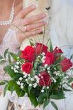 Het boeket van het huwelijk van rode rozen Stock Foto's
