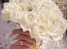Het boeket van het huwelijk van rozen Stock Foto