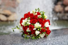 Het boeket van het huwelijk van bloemen stock afbeelding