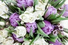 Het boeketclose-up van bloemen Royalty-vrije Stock Foto's