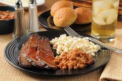 Het borststuk van het rundvlees en barbecuesaus royalty-vrije stock foto's