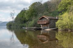 Het botenhuis op Ullwater-Meer in het Meerdistrict royalty-vrije stock afbeelding