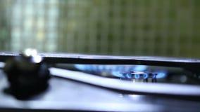 Het branden de overdracht van de warmhoudplatennadruk stock videobeelden