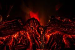 Het Branden van de brand in Open haard stock foto