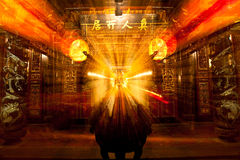 Het branden van de Oude Chinese Tempel van de Wierook van Taoïsme Stock Foto's