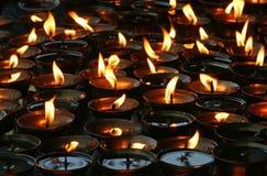 Het branden van kaarsen Royalty-vrije Stock Afbeelding