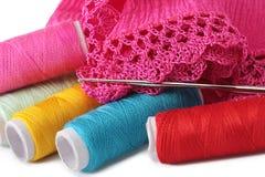 Het breien, het naaien, crochet en kant stock foto