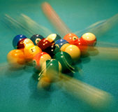 Het Breken van de Ballen van de pool Stock Afbeeldingen